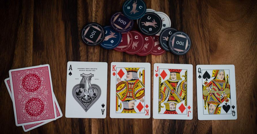 Guía de un jugador en ganar Ciegos Blind vs Poker Batallas